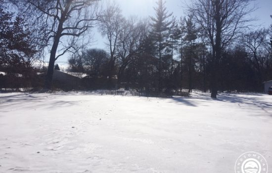0.24 acre buildable lot in South Bend – Close to the river and 10 minutes from Notre Dame!