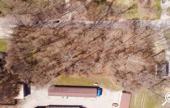 1.22 Wooded Acres in Bloomfield, IN with all utilities available